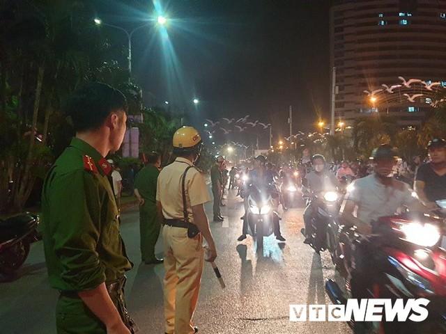 Ảnh: Hiện trường lửa bao trùm kèm tiếng nổ lớn từ siêu thị điện máy ở Hải Phòng - Ảnh 9.