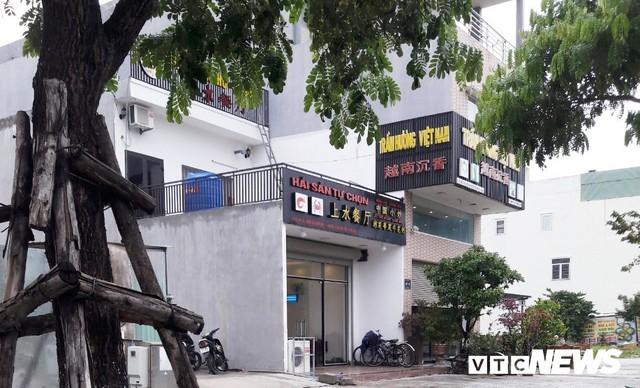 Cận cảnh phố người Hoa sát Sân bay Nước Mặn Đà Nẵng - Ảnh 1.  Cận cảnh 'phố người Hoa' sát Sân bay Nước Mặn Đà Nẵng photo 1 15695509592151460857193