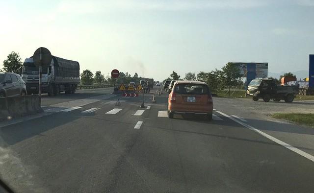 Quốc lộ hơn 2.000 tỷ đồng đoạn qua Hà Tĩnh bị bong tróc, loang lổ - Ảnh 7.