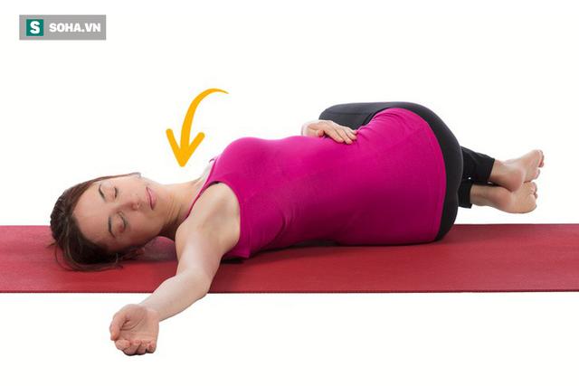Cách giảm đau lưng nhanh chóng mà không cần tập nhiều: Chỉ kiên trì giữ yên 6 động tác - Ảnh 1.