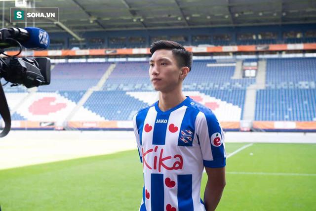 Chính thức: HLV Park Hang-seo giữ lại Văn Hậu, chốt danh sách ĐT Việt Nam đấu Thái Lan - Ảnh 1.