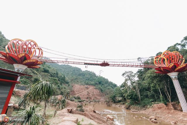 """3 cây cầu lùm xùm nhất Việt Nam 2019: """"Scandal đạo nhái"""" Cầu Vàng Đà Nẵng, sự cố chậm trễ cầu kính Sa Pa còn chưa gây sốc bằng cái tên cuối - Ảnh 15. 3 cây cầu lùm xùm nhất Việt Nam 2019: """"Scandal đạo nhái"""" Cầu Vàng Đà Nẵng, sự cố chậm trễ cầu kính Sa Pa còn chưa gây sốc bằng cái tên cuối 3 cây cầu lùm xùm nhất Việt Nam 2019: """"Scandal đạo nhái"""" Cầu Vàng Đà Nẵng, sự cố chậm trễ cầu kính Sa Pa còn chưa gây sốc bằng cái tên cuối photo 14 15675621475611748082401"""