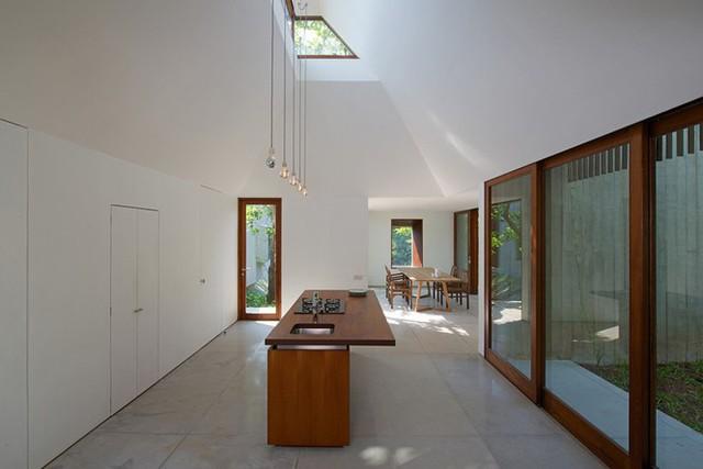 Ngôi nhà không cửa hòa mình với thiên nhiên đẹp khó cưỡng - Ảnh 9.