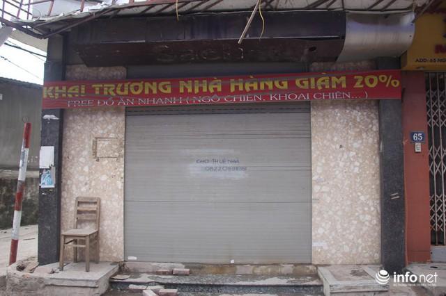 Sau vụ cháy Công ty Rạng Đông: Người bán nhà, kẻ đi ở tạm, hàng quán đóng cửa - Ảnh 2.