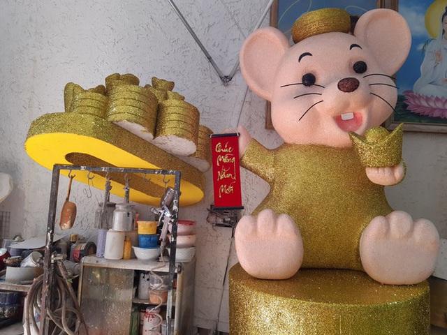 Chuột mốp khổng lồ giá bạc triệu ở Sài Gòn - Ảnh 4.