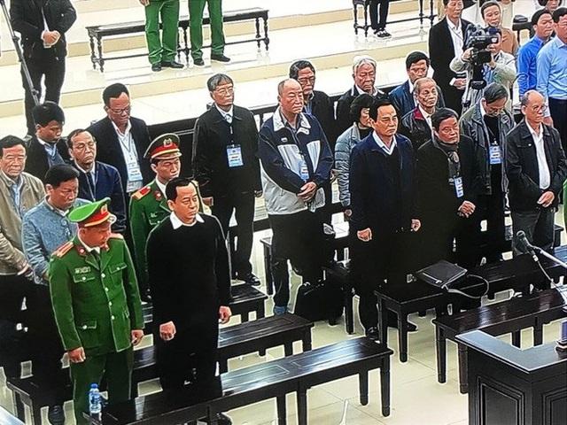 Tuyên án 2 cựu Chủ tịch Đà Nẵng: HĐXX nhận định, bị cáo Phan Văn Anh Vũ có quyền lực rất lớn - Ảnh 1.