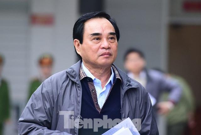 Phan Văn Anh Vũ và 2 cựu Chủ tịch TP Đà Nẵng nhận mức án nào? - Ảnh 3.