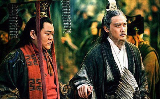 Có tới 4 người con trai, vì sao Lưu Bị vẫn buộc phải truyền ngôi cho Lưu Thiện? - Ảnh 4.