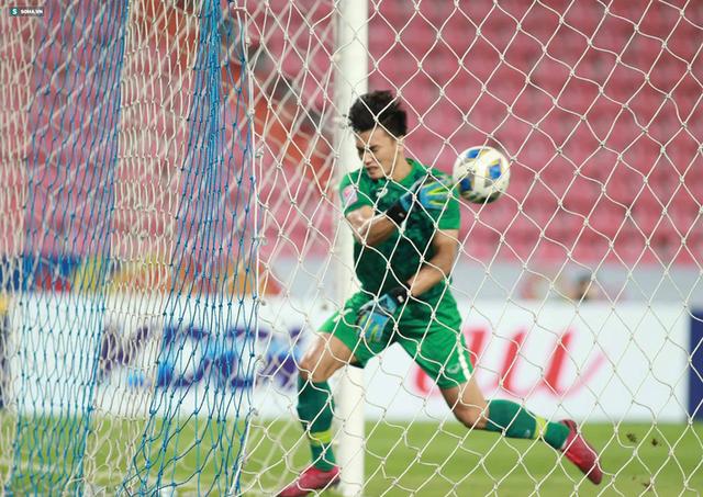 Bùi Tiến Dũng sai lầm chết người, U23 Việt Nam bị loại trong tột cùng tủi hổ - Ảnh 3.