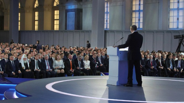 Địa chấn chính trị Nga: Thông điệp gây sốc của TT Putin mở màn chuyển giao quyền lực kịch tính - Ảnh 2.