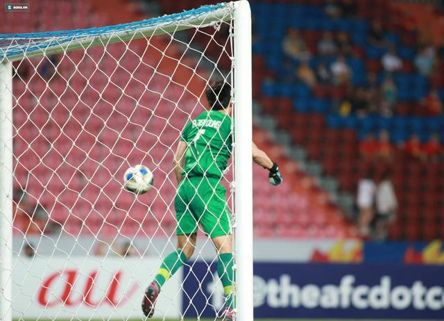 Bùi Tiến Dũng sai lầm chết người, U23 Việt Nam bị loại trong tột cùng tủi hổ - Ảnh 6.