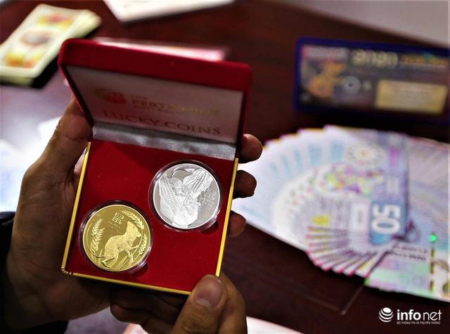 Độc đáo tiền lì xì in hình chuột hút khách trước dịp Tết Nguyên đán Canh Tý - Ảnh 8.