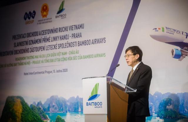 """Đại sứ Việt Nam tại CH Séc: """"Đường bay thẳng Hà Nội – Praha của Bamboo Airways sẽ thúc đẩy tất cả các lĩnh vực của Việt Nam và CH Séc"""" - Ảnh 1."""