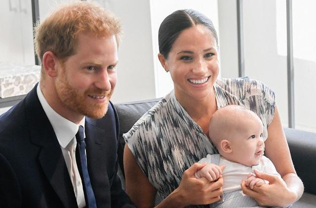 Vừa mới rời hoàng gia, Meghan Markle đã quay ra nói xấu nhà chồng, không muốn con trai sống trong môi trường độc hại  - Ảnh 3.