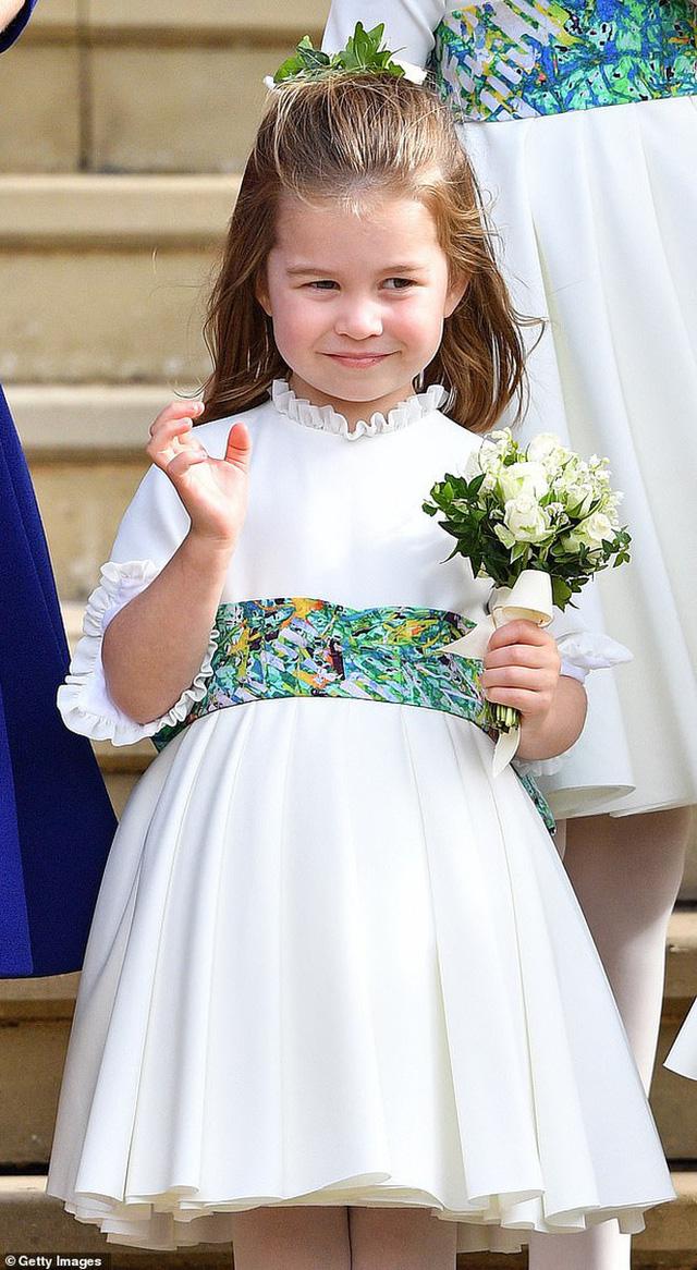 Khoảnh khắc Hoàng tử William không nhận ra ảnh mình lúc nhỏ mà tưởng nhầm là con gái khiến ai cũng phải phì cười - Ảnh 5.
