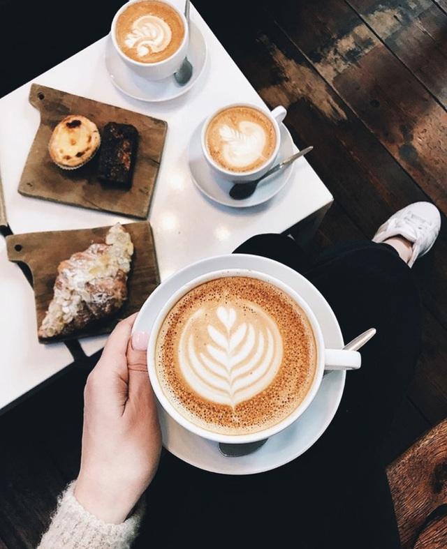 5 nhóm người nên cẩn trọng khi uống cà phê để tránh gặp rắc rối tới sức khoẻ - Ảnh 3.