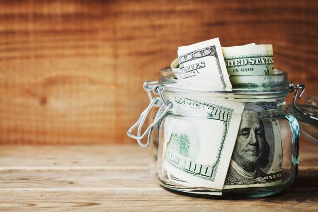 Lương cả trăm ngàn USD/năm, người trẻ vẫn chật vật đếm từng xu tiêu xài cuối tháng: Tiền kiếm được rốt cuộc nên để hưởng thụ hay tích lũy cho tương lai? - Ảnh 3.