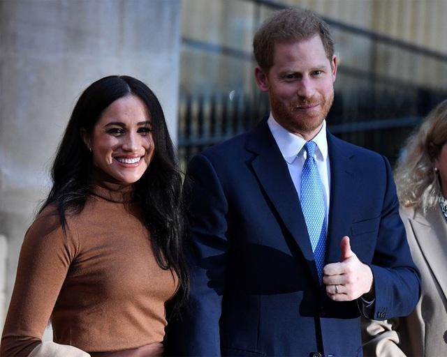 HOT: Vợ chồng Meghan Markle từ bỏ danh hiệu hoàng gia, Nữ hoàng Anh nói lời cảm ơn cặp đôi trong thông báo mới nhất  - Ảnh 2.