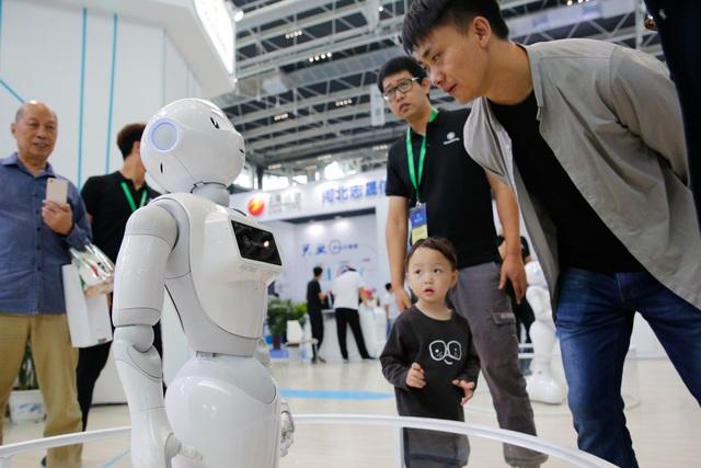 Không phải nhân tài, sự sáng tạo hay đổi mới, đây mới là yếu tố chủ chốt đừng đằng sau sự bùng nổ của công nghệ Trung Quốc! - Ảnh 1.