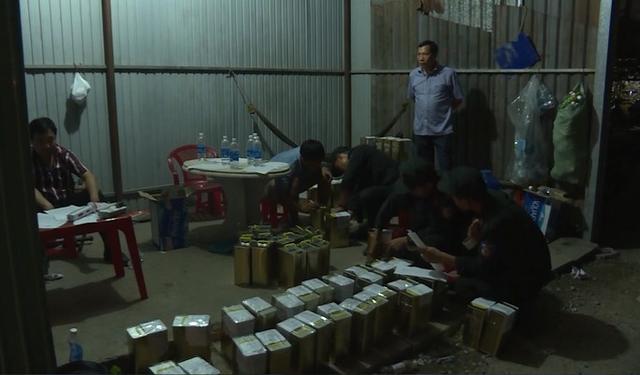 Khởi tố các chủ cửa hàng bán xăng giả của đại gia Trịnh Sướng - Ảnh 2.