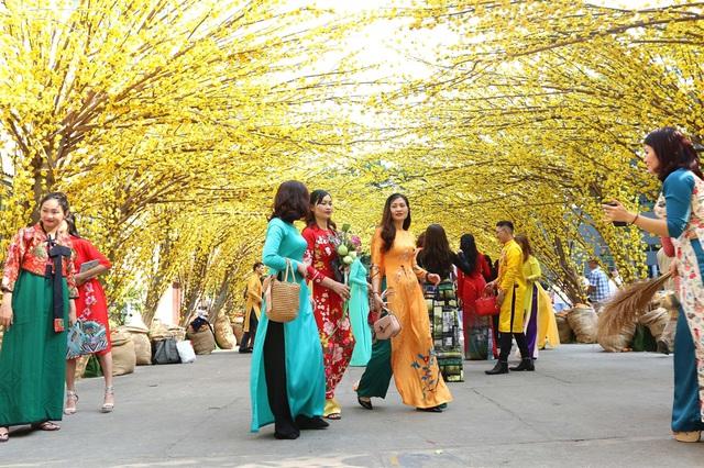 Trưởng đại diện Văn phòng UNESCO: Tôi muốn gọi Hà Nội là thành phố có tâm hồn của những ngôi làng - Ảnh 5.