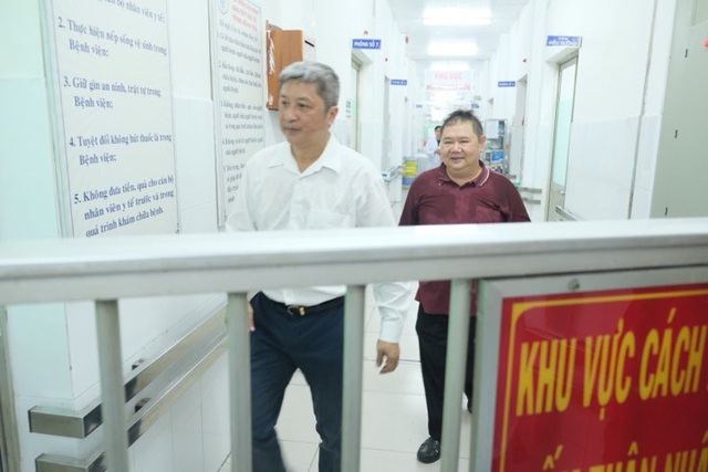 Hai ca dương tính nCoV đang điều trị tại BV Chợ Rẫy - Ảnh 1.