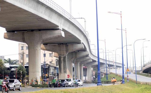 Cận cảnh metro số 1 sắp ra mắt tại TP HCM  - Ảnh 1.