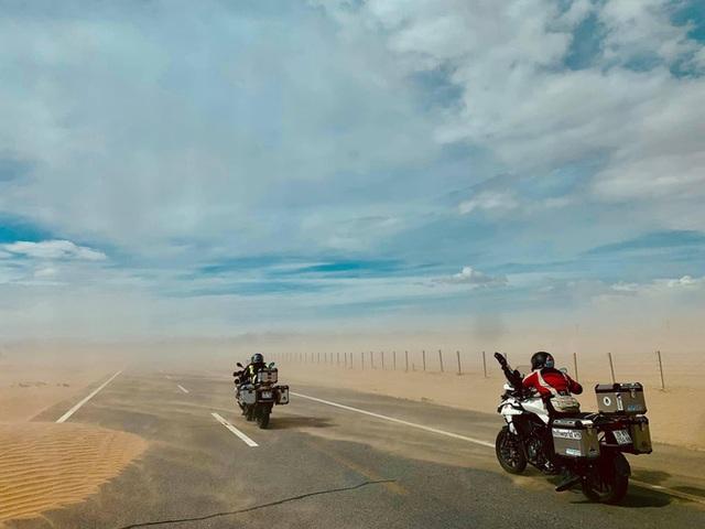 Đầu xuân, gặp cụ ông 66 tuổi đi xe máy qua 39 quốc gia, 40 vùng lãnh thổ: Vì tôi mơ mộng về cái thời trai trẻ mà tất cả chúng ta ai cũng từng có - Ảnh 7.