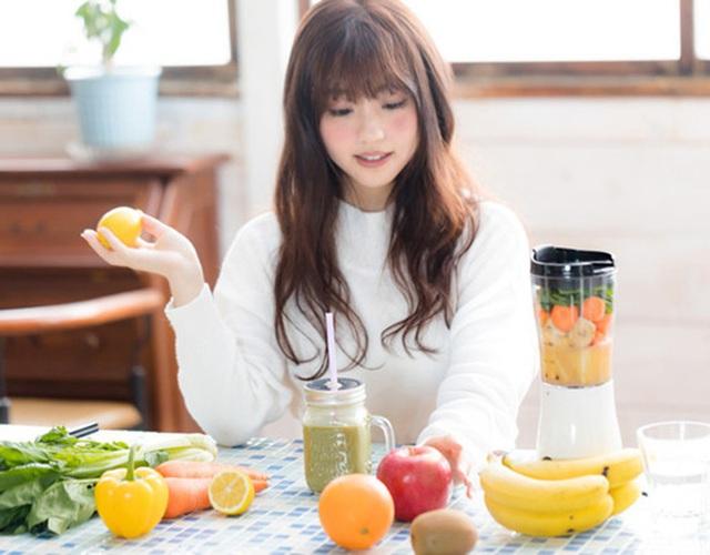 Đừng tưởng ăn rau củ trái cây như thế nào cũng tốt: Có 9 loại rau củ quả nếu ăn sai cách chỉ có rước bệnh vào người - Ảnh 1.