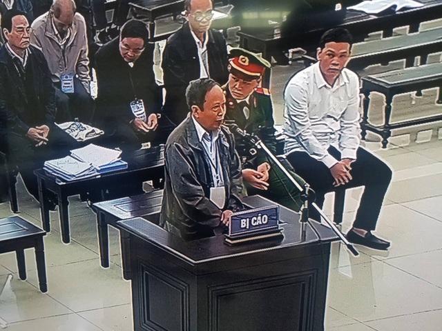 Cựu Tổng GĐ cty ở Đà Nẵng: Ông Nguyễn Bá Thanh và Trần Văn Minh gọi điện bảo bán nhà đất cho Vũ nhôm - Ảnh 2.