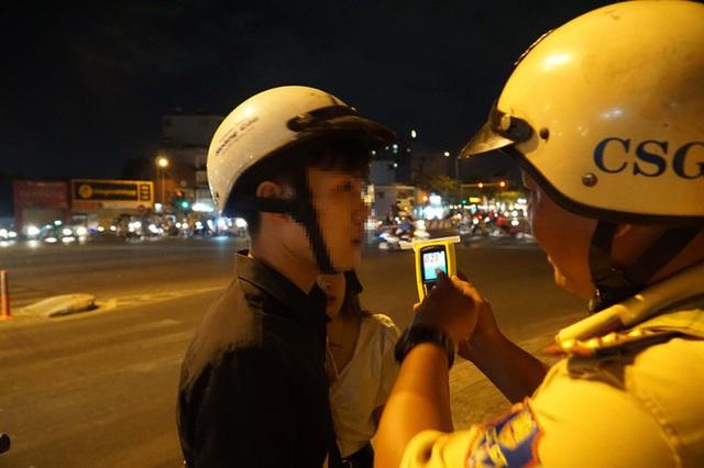 Dân nhậu ở Sài Gòn sốc với mức phạt nồng độ cồn mới - Ảnh 6.