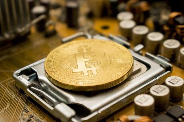 Bitcoin tiếp tục neo ở mức cao nhờ virus corona - Ảnh 1.