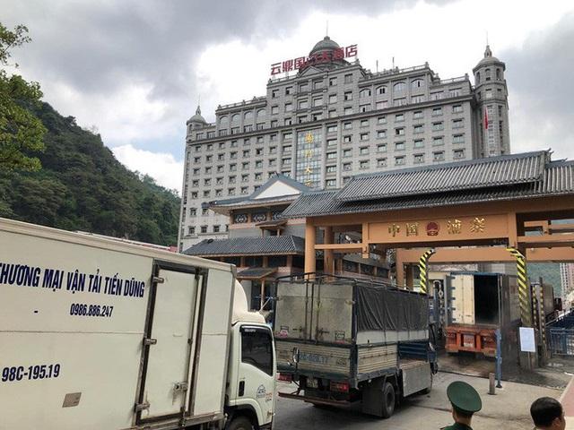 Nông sản Việt đi Trung Quốc tắc vì virus corona, đề nghị DN logistics hỗ trợ bảo quản - Ảnh 1.