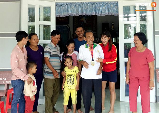 Chương Thị Kiều: Chuyện về Thần đồng lội sông thành cầu thủ bóng đá để thỏa ước mơ được lên Sài Gòn - Ảnh 2.