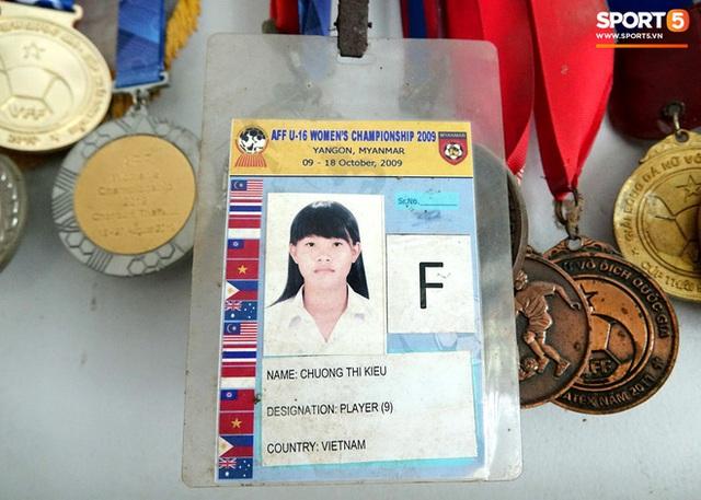 Chương Thị Kiều: Chuyện về Thần đồng lội sông thành cầu thủ bóng đá để thỏa ước mơ được lên Sài Gòn - Ảnh 3.