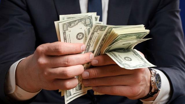 Người giàu cũng mắc lỗi quản lý tài chính dễ dẫn đến tán gia bại sản: Đây là 5 điều các chuyên gia nhấn mạnh - Ảnh 1.
