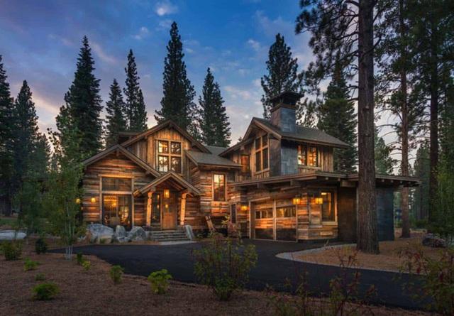 Ngôi nhà gỗ trên núi tuyệt đẹp, ai nhìn cũng thích mê - Ảnh 1.