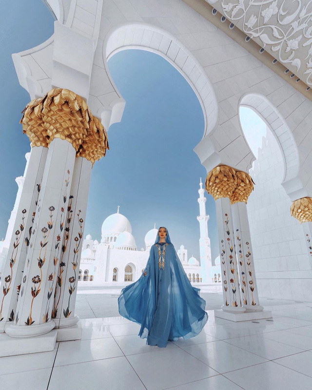 Choáng với nữ blogger kiếm 18 tỷ một năm chỉ nhờ đi du lịch khắp thế giới, đăng một bức ảnh nhận 240 triệu  - Ảnh 11.