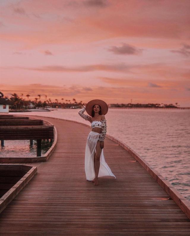Choáng với nữ blogger kiếm 18 tỷ một năm chỉ nhờ đi du lịch khắp thế giới, đăng một bức ảnh nhận 240 triệu  - Ảnh 12.