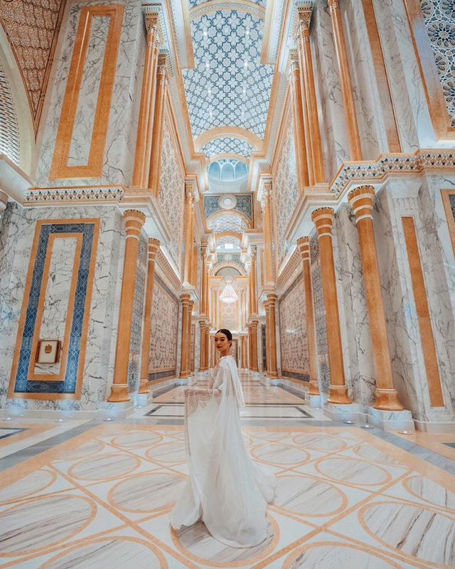 Choáng với nữ blogger kiếm 18 tỷ một năm chỉ nhờ đi du lịch khắp thế giới, đăng một bức ảnh nhận 240 triệu  - Ảnh 25.