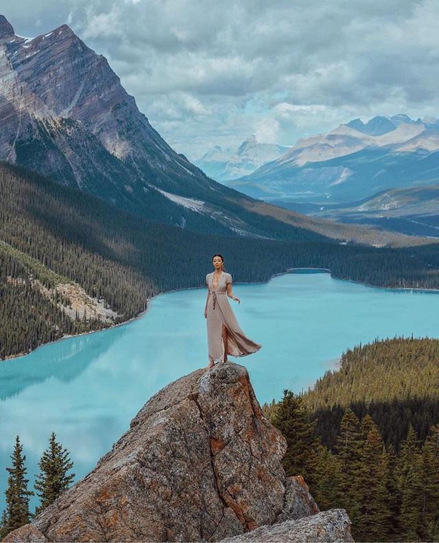 Choáng với nữ blogger kiếm 18 tỷ một năm chỉ nhờ đi du lịch khắp thế giới, đăng một bức ảnh nhận 240 triệu  - Ảnh 4.