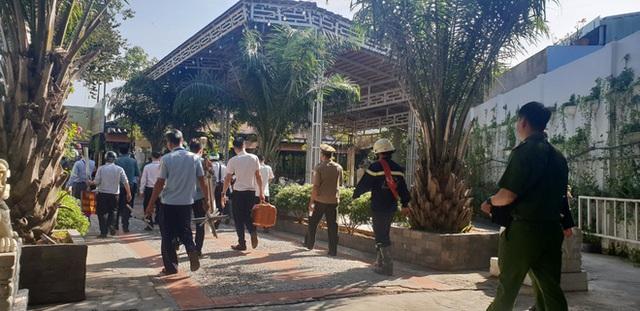[Ảnh] Hàng trăm người cưỡng chế, tháo dỡ 2.000m2 công trình sai phạm tại Gia Trang quán – Tràm Chim Resort ở Sài Gòn - Ảnh 3.