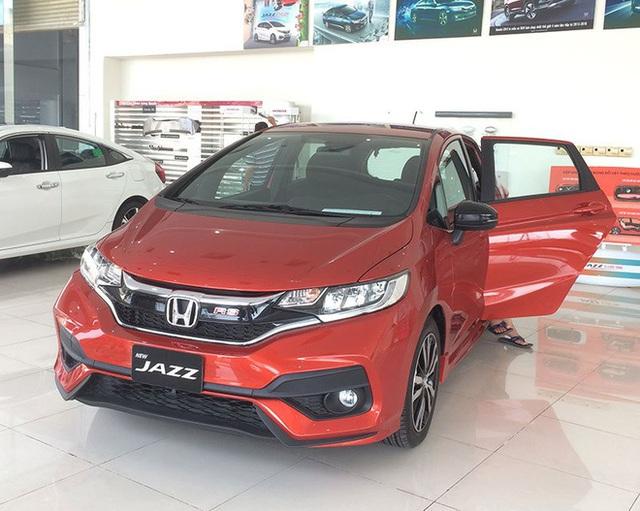 500 triệu mua được cả xe 7 chỗ, giá xe tại Việt Nam ngày càng rẻ hơn? - Ảnh 4.