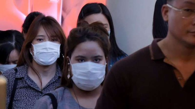 Thái Lan ghi nhận trường hợp lây nhiễm virus nCoV từ người sang người đầu tiên - Ảnh 1.