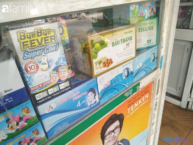 Sài Gòn chống Corona: Siêu thị, hiệu thuốc cháy hàng, khách muốn mua phải chờ sang tuần sau - Ảnh 11.