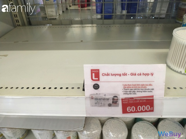 Sài Gòn chống Corona: Siêu thị, hiệu thuốc cháy hàng, khách muốn mua phải chờ sang tuần sau - Ảnh 4.