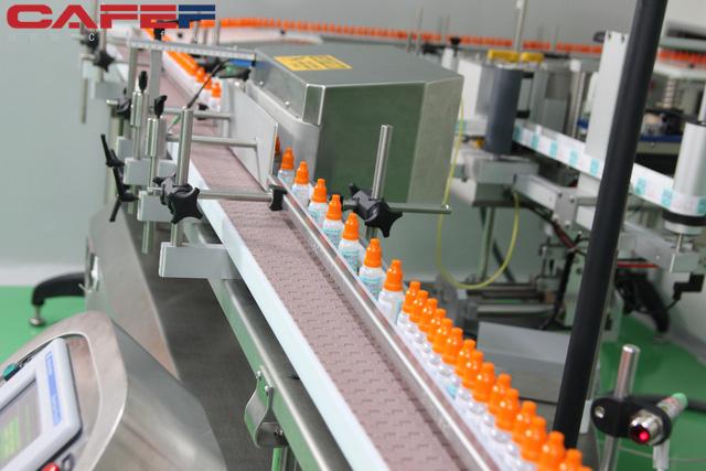 Doanh nghiệp lớn tham gia thị trường nước rửa tay khô: Traphaco cho ra đời cả Bộ sản phẩm phòng virus Corona - Ảnh 2.