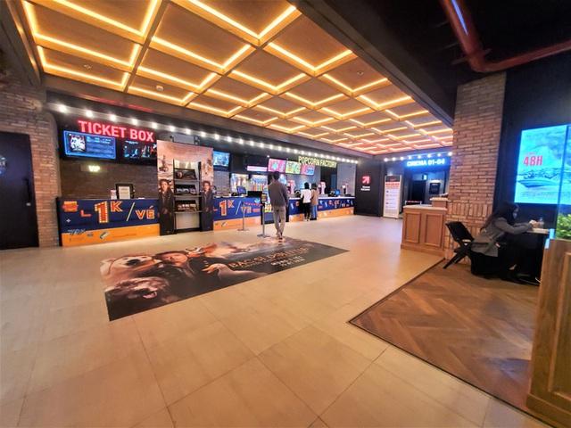 Cảnh khác lạ của loạt trung tâm thương mại, khu vui chơi mua sắm tại Hà Nội - Ảnh 12.
