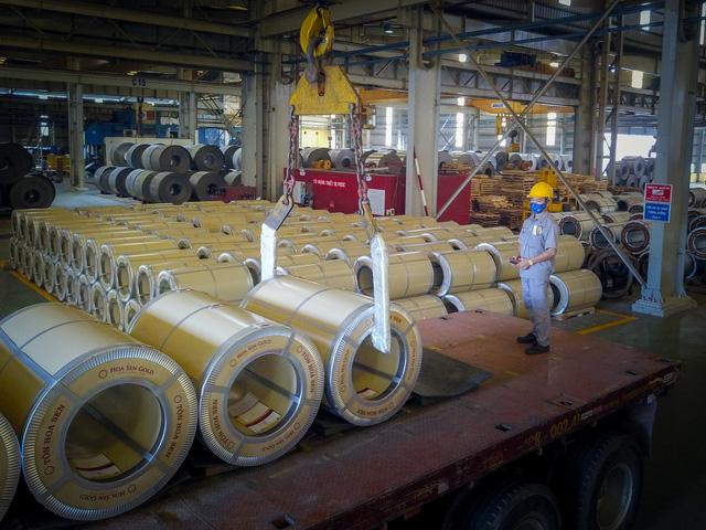 Doanh nghiệp lớn đối phó với Corona: Bách Hoá Xanh vẫn đủ nguồn hàng cung cấp, Hoa Sen không bị ảnh hưởng nhiều vì không phụ thuộc vào Trung Quốc - Ảnh 3.