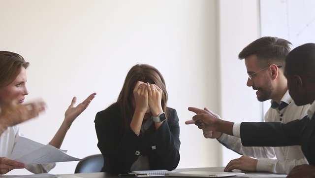 Công ty không phải là nơi để kết bạn: Người chuyên nghiệp phải học cách làm việc với cả những kẻ không ưa - Ảnh 2.